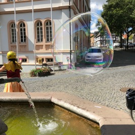 Rathausplatz, Lich